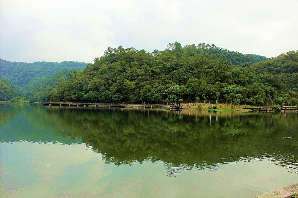 宜兰礁溪龙潭湖风景区